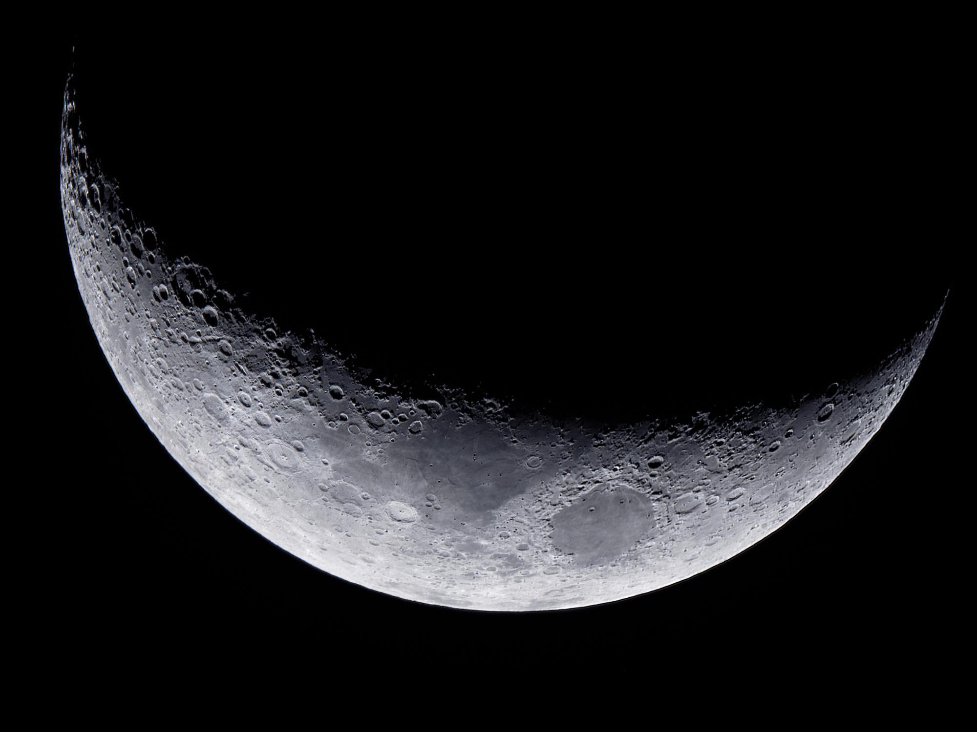 Wiliam Optics GTF102 OMD EM5 mark 2 high res moon astrophotography